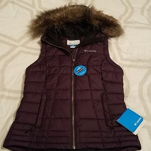 Columbia puffy vest with hood size M